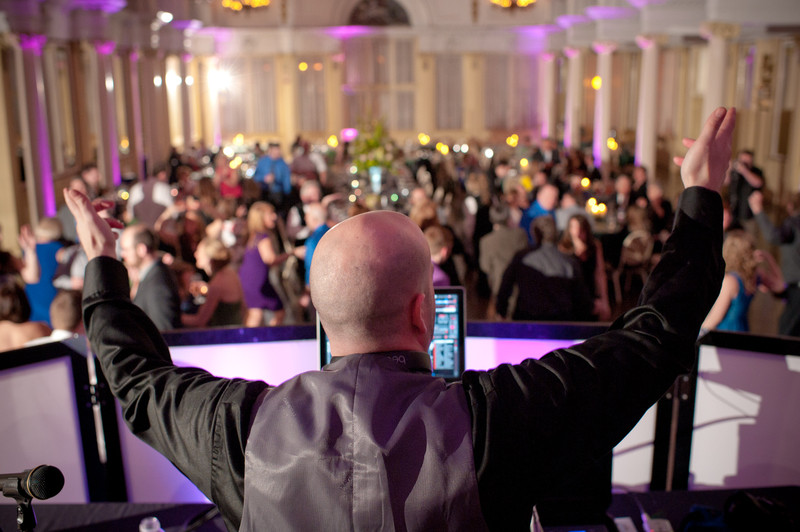 Life Music Or A Dj For Your Wedding Day Tory L Cooper